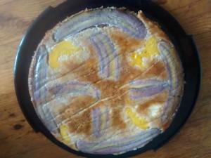 Saftig-süßer Bananen-Pfirsich-Kuchen